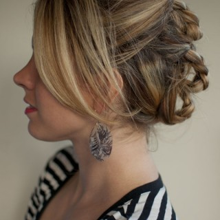 30 Days of Twist & Pin Hairstyles – Day 21