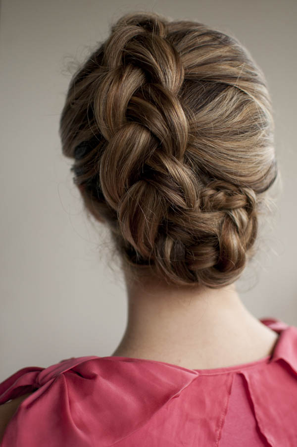 Latest Hair Do : 12 Hairstyles of Christmas - Hair Romance