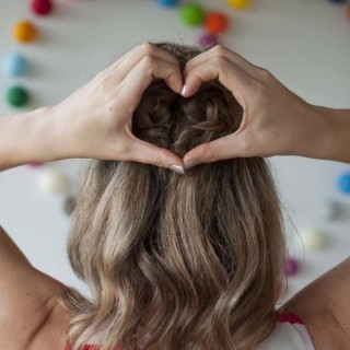 HairRomance-valentineshair-heartbraid1