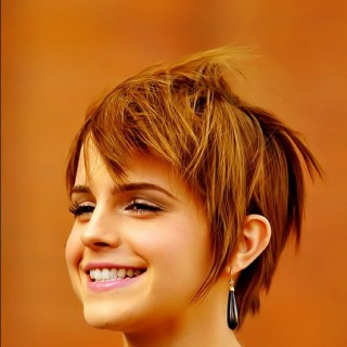Short Cut Saturday – Emma Watson's growing out her pixie cut