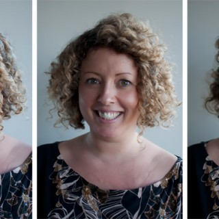 How to style short curly hair