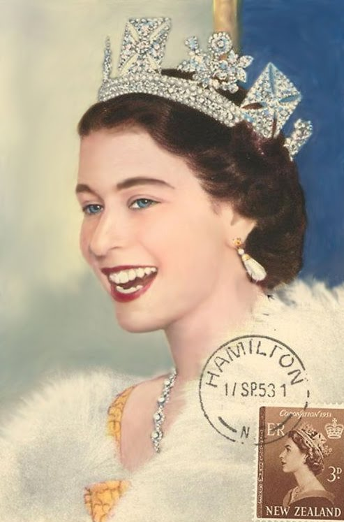 The British Queen Very Attractive When She Was Young