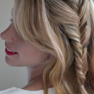 Hair Romance - 30 braids 30 days - 4 - the side fishtail braid