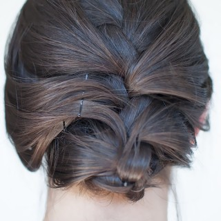 Hair Romance - French braid upstyle