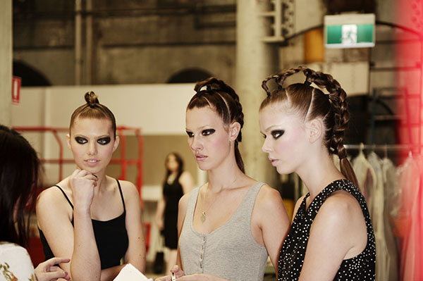 Hair Romance - Big Hair - Raffles braids backstage