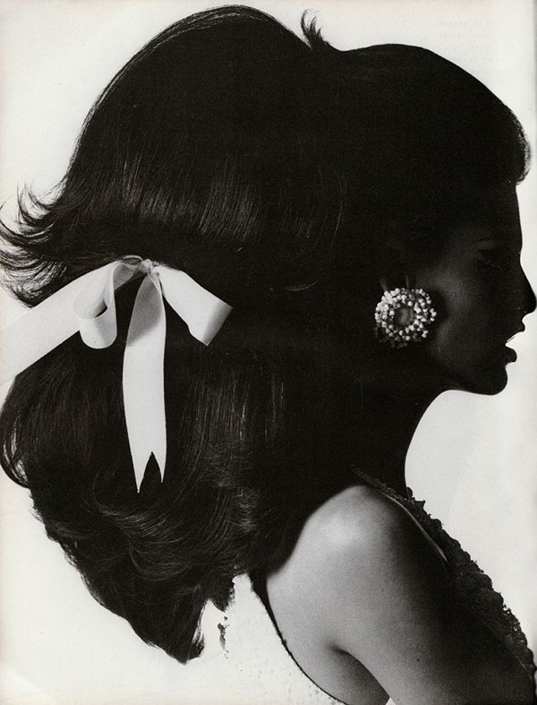 Linda Evangelista - shot by Steven Meisel for Vogue Italia Dec 1990 - The HAIR
