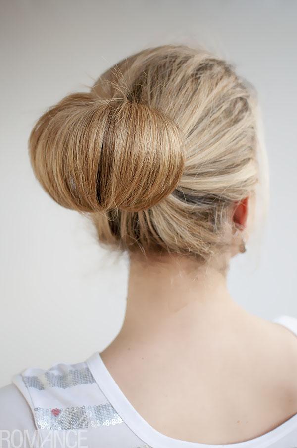 Hairstyles In A Bun : 30 Buns in 30 Days  Day 1  The Flip Bun Hair Romance