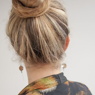 Hair Romance - 30 Buns in 30 Days - Day 20 - Top knot bun hairstyle