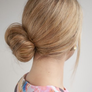 Hair Romance - 30 Buns in 30 Days - Day 25 - Side Sock Bun Hairstyle