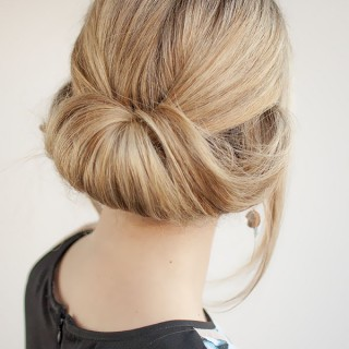 Hair Romance - 30 Buns in 30 Days - Day 27 - Rolled bun