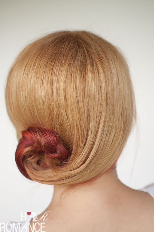 Hair Romance - Curved braid bun upstyle