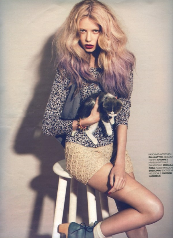 Hair Romance - Big purple hair - Grazia 2