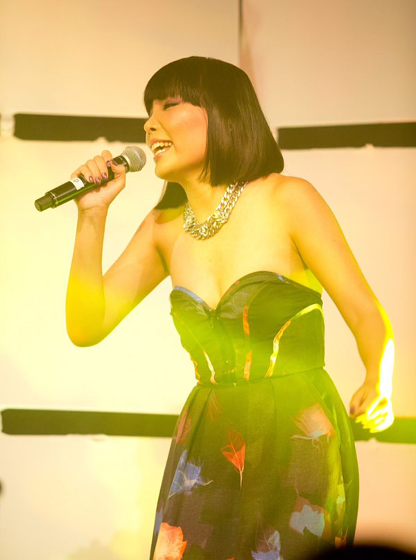 Dami Im performing at the AHFA 2014