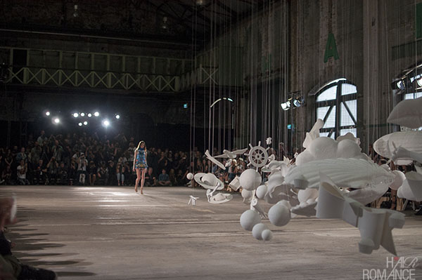 Hair Romance - Scenes from MBFWA 2014 Day 4 - The runway and art installation at Alice McCall
