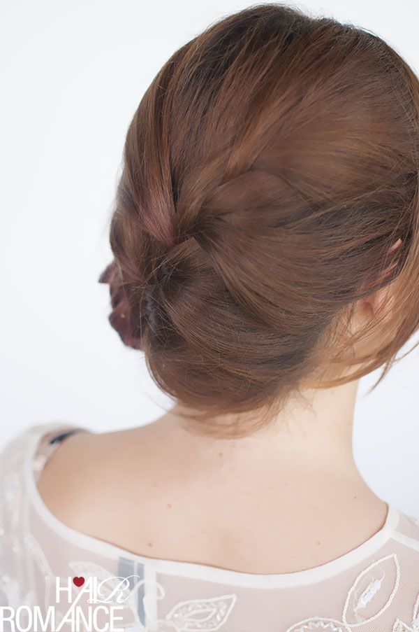 Hair Romance - French braid bun tutorial