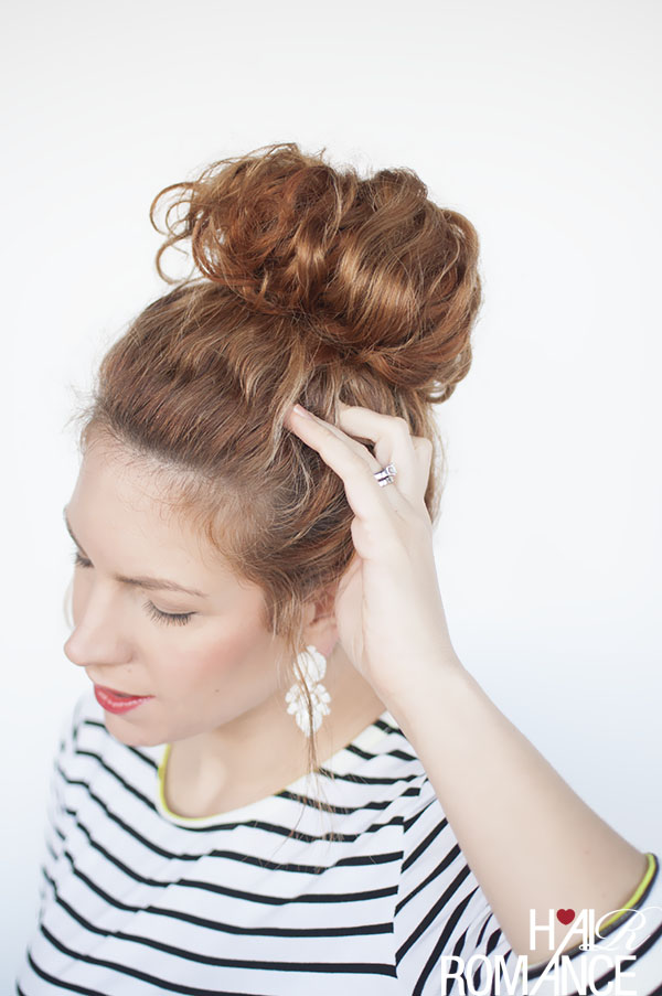 Hair Romance - curly hair styling tips - the top knot tutorial
