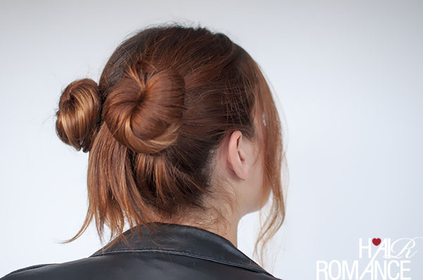 Hair Romance - 90s normcore hair - double buns tutorial