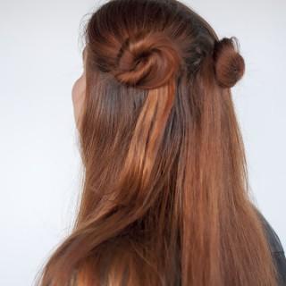 Hair Romance - 90s normcore hair - half up double buns tutorial