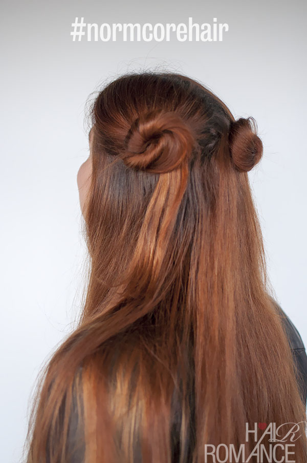 Hair Romance - 90s normcore hair - half up double buns tutorial