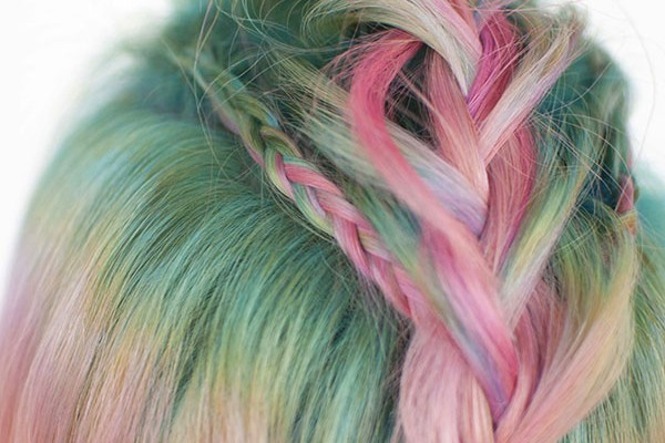 Braids for short hair – Faux-hawk braids and unicorn hair