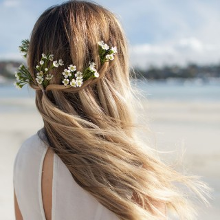 Hair Romance - DIY Bridal Beauty - Natural beach beauty