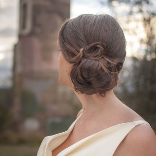 Hair Romance - DIY Bridal Beauty - The modern pin up