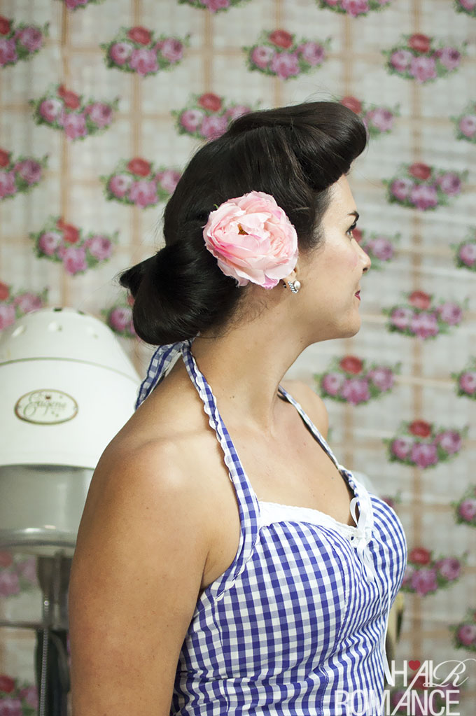 Hair Romance - Vintage hair style tutorial with Miss Pixie - the Fan Bun