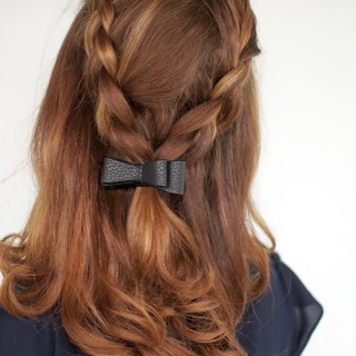 Hair Romance - Braid tutorial half up with a bow
