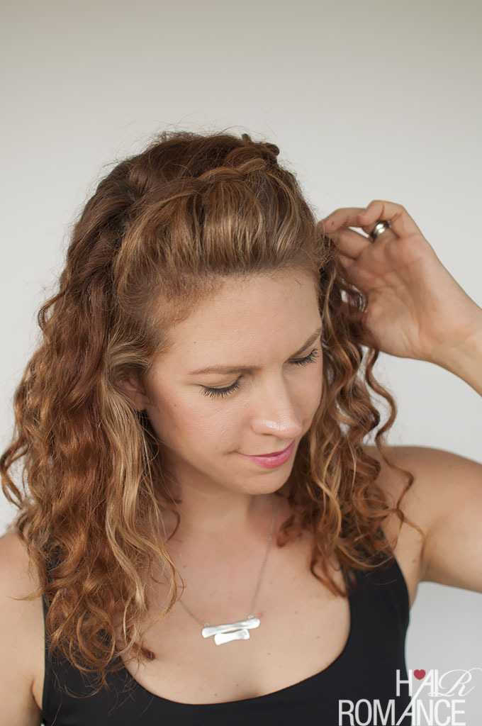 Hair Romance - Curly hair tutorial - half up braid hairstyle tutorial