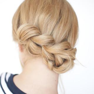 Hair Romance - Pull through braid tutorial 4a