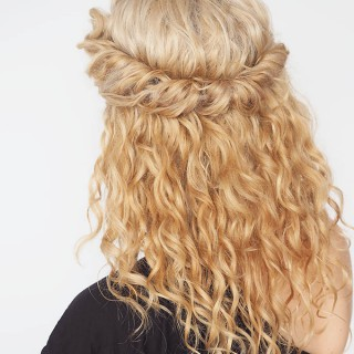 Hair Romance - 30 Curly Hairstyles in 30 Days - Day 17 - The half up twist