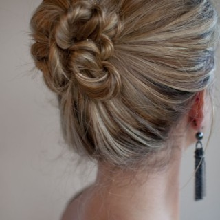 30 Days of Twist & Pin Hairstyles – Day 26