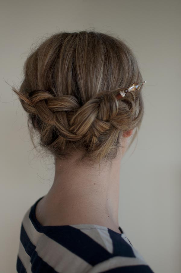 d9d3818e9 Upside down & backwards braid. Have you tried hairsticks to style your hair?