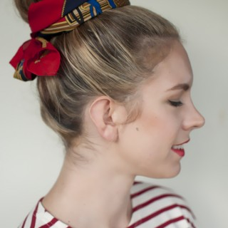 5 ways to wear a scarf and a top knot – 5 – put a bow on it
