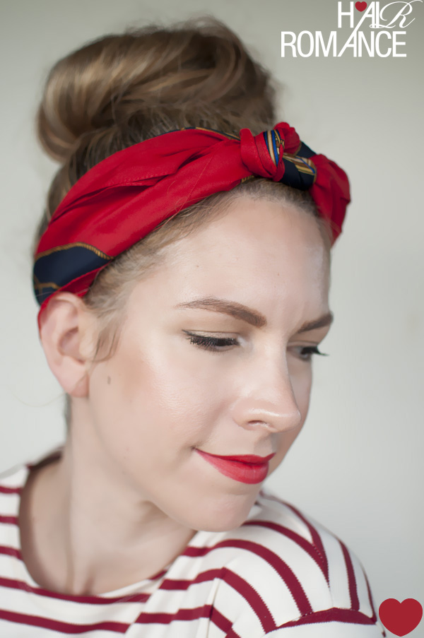 5 ways to wear a scarf and a top knot - 3 - Knot headband - Hair Romance 329c4e45304