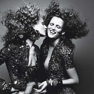 Big Hair Friday – Le Chic Curls