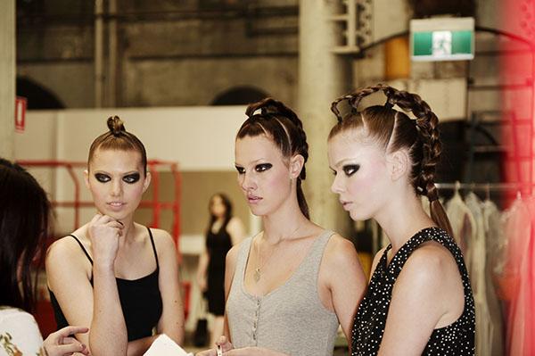 Hair Romance - Big Hair - Raffles braids backstage