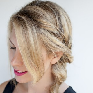 Topsy Tail Ponytail Tutorial – The no-braid side braid hairstyle