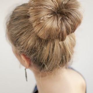 30 Buns in 30 Days – Day 30 – Mini braids in a bun