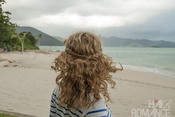 Hair Romance - Braided half crown hairstyle tutorial in curly hair