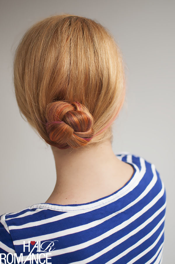 Hair Romance - easy braided bun