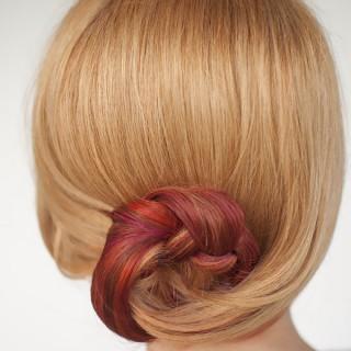 Curved braid bun hairstyle tutorial