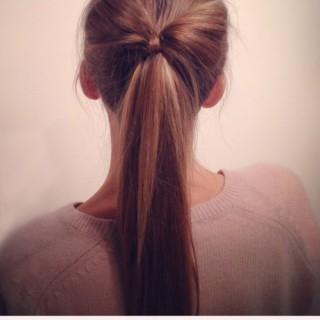 Hairstyle Tutorial – Big Ponytail Hair Bow