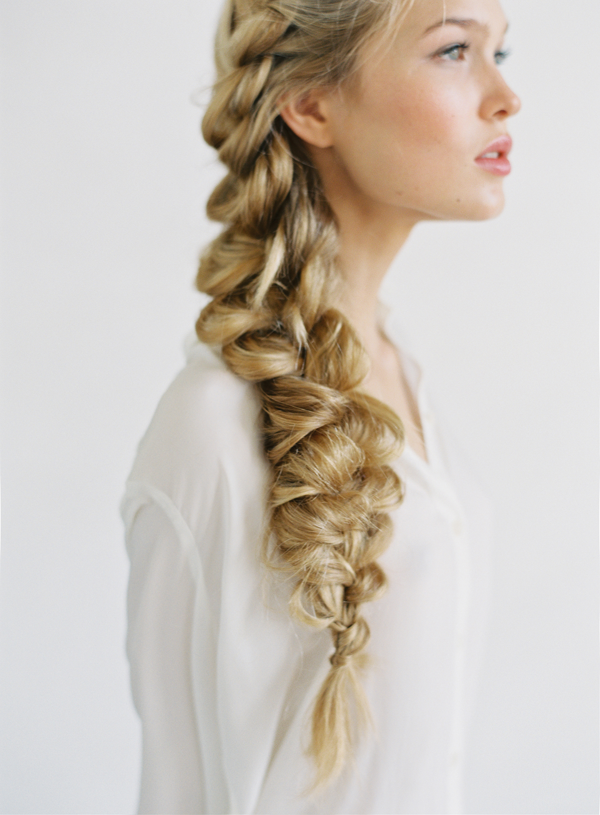 Love this giant side braid hairstyle