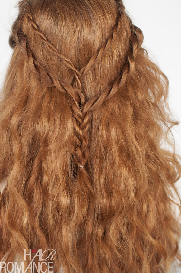 Game of Thrones hair tutorials - Cersei Lannister - rope twist braid hair style