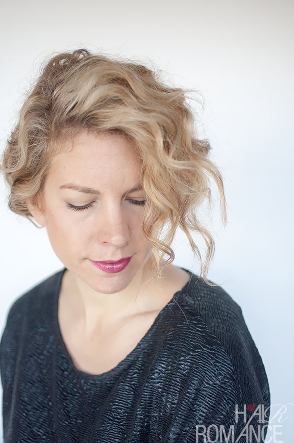 Hair Romance - the curly double bun tutorial