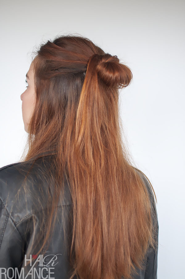 Hair Romance - 90s half up knot hairstyle tutorial