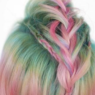 Braids for short hair – Faux-hawk braids and unicorn hair