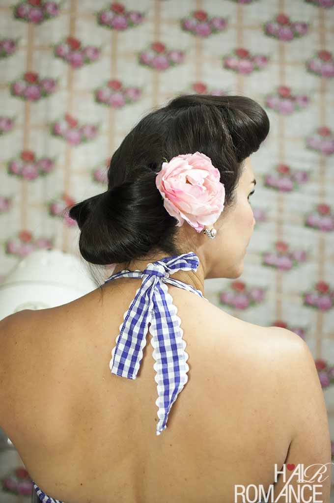 Hair Romance - Vintage hair tutorial with Miss Pixie - the Fan Bun