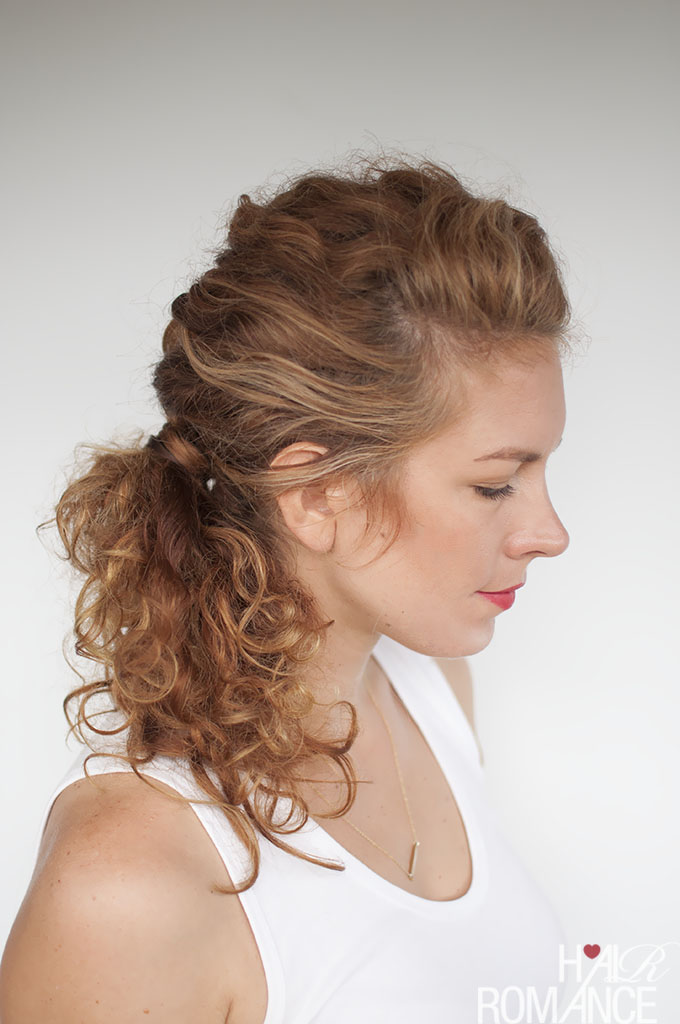 Easy everyday curly hairstyle tutorials - the curly side braid